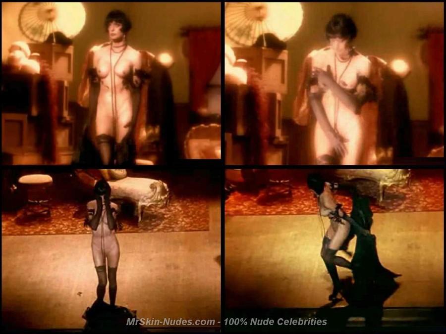 Brad pitt nude playgirl