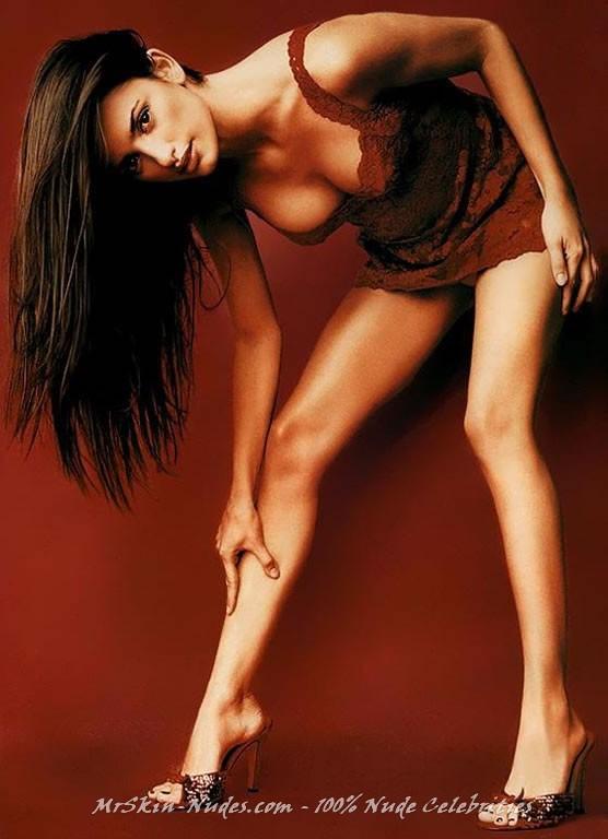 Penelope Cruz sex pictures @ MillionCelebs.com free celebrity naked ...: www.millioncelebs.com/fcma/penelope-cruz/283663.html