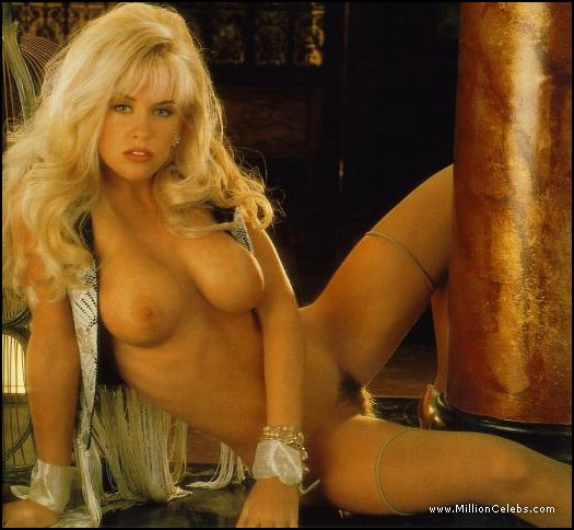 Jenny Mccarthy Nude And Se Scenes