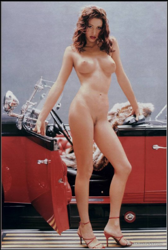 Shannon Elizabeth Nude And Se Scenes