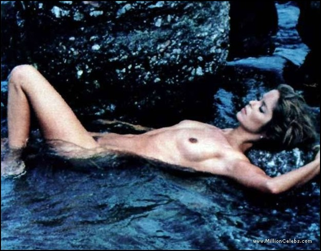 Return theme Barbara bach sex scene