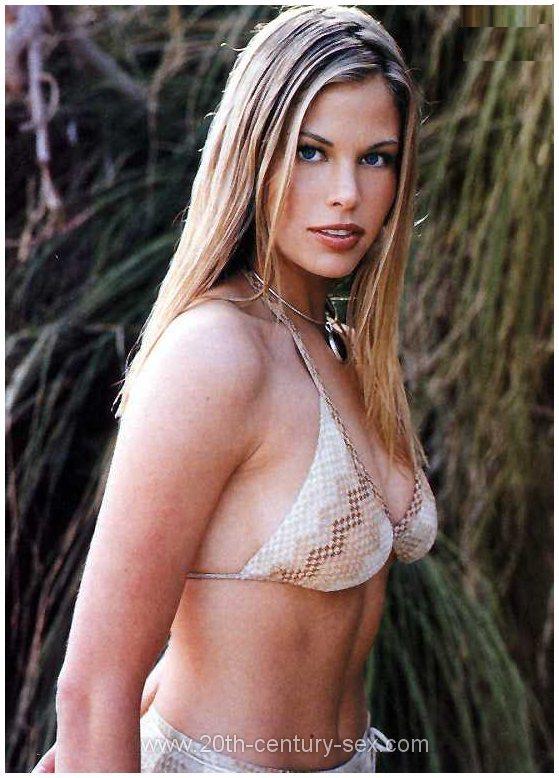 Brooke Burns Topless Photos