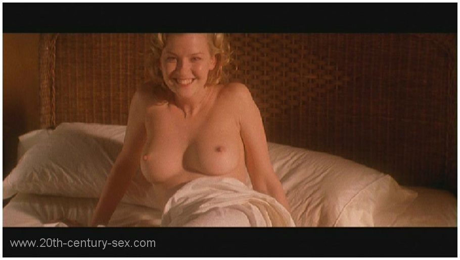 gretchen mol 11 Gretchen Mol as the The Notorious Bettie Page   The Drunken stepFORUM   A ...