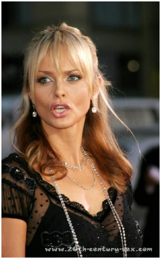 izabella scorupco 14 :: Izabella Scorupco naked photos :: Free nude celebrities.