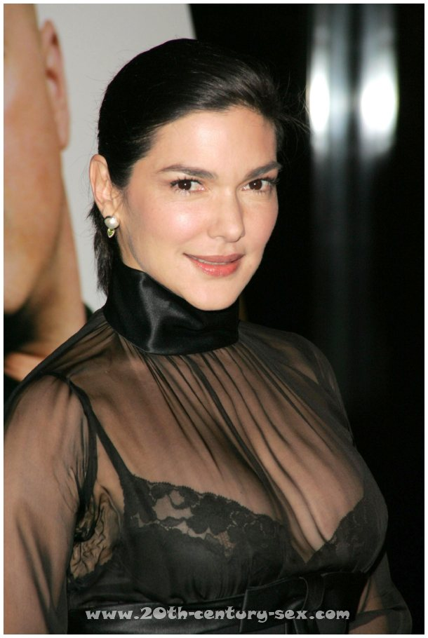 :: Laura Harring naked photos :: Free nude celebrities.