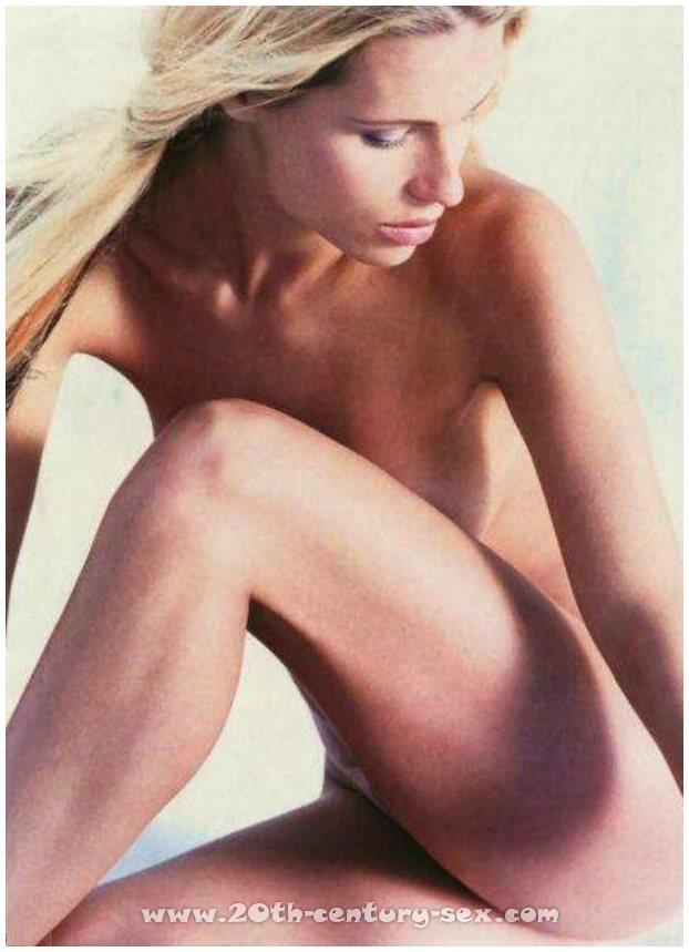 nude celebrities galleries michellehunziker.