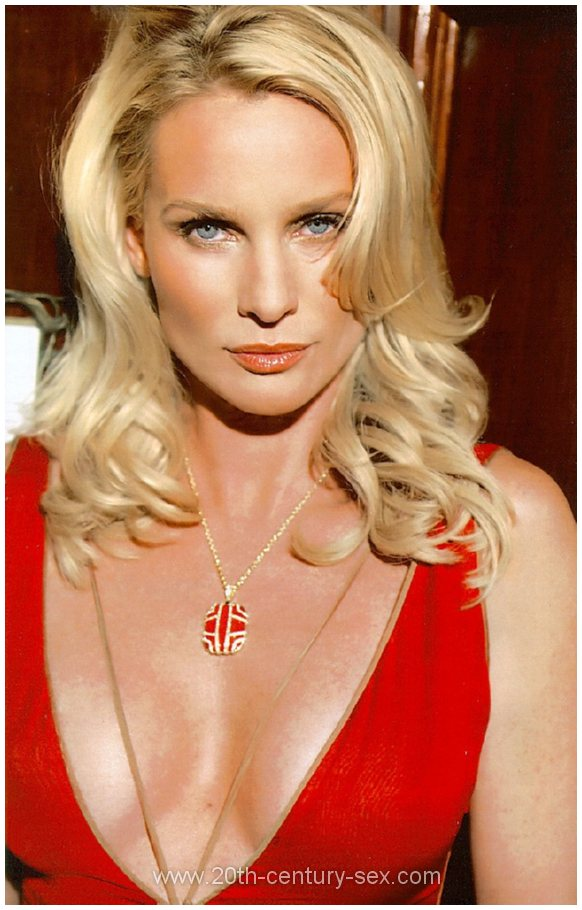 Transvestite and small penis photo gallery