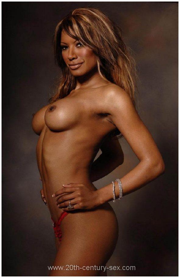 traci bingham 15 Fitness model Philip Fusco dons Male Power underwear for Mens Underwear ...